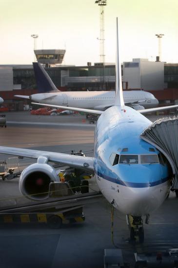 Flugzeug am Flughafen Leipzig